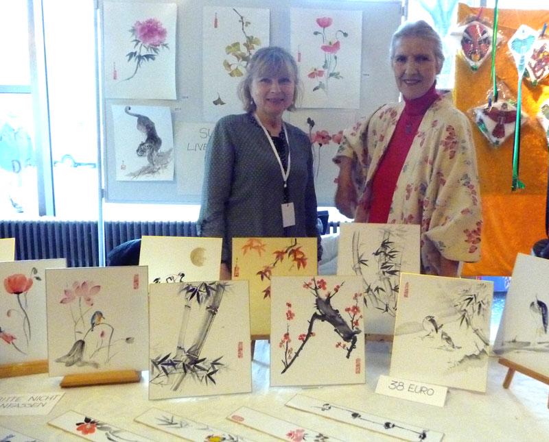Sumi-e - Informations- und Verkaufsstand Rita Böhm (rechts)